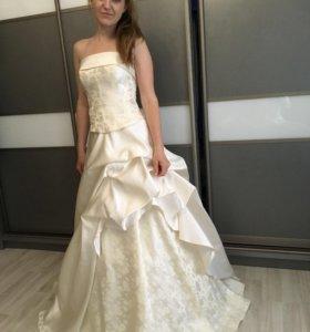 Платье на выпуск или роспись