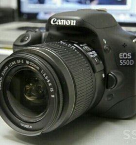 Canon 550d kit 18-55 IS II.