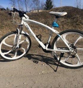 Велосипед BMW X6