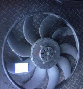 BMW X3 e83 вентилятор радиатора