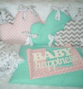 Бортики и комплекты в кроватку