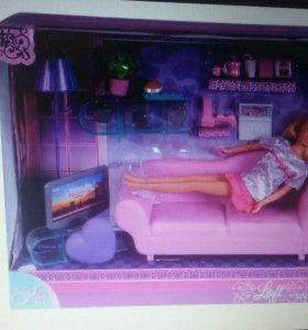 Кукла барби и кровать, и аксесуары
