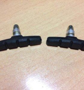 Новые тормозные колодки для велосипеда.