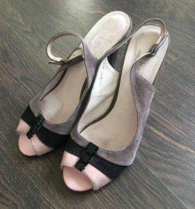 Открытые туфли 37