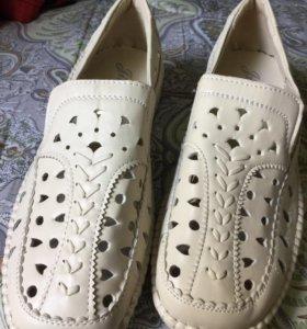 Туфли летние р.39 новые кожаные