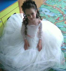 Платье на выпуск