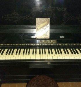 """Пианино """"Смоленск""""."""
