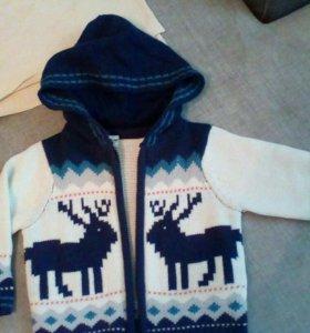 Новый свитер на замке