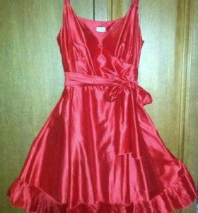 шикарное платье р.46-48