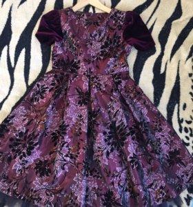 Платье,рост 140