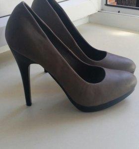 Продам туфли в хтс