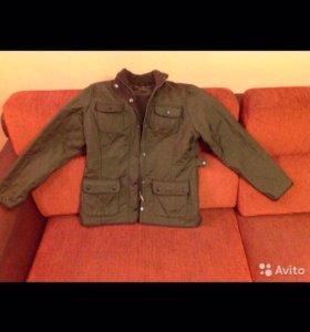 Продаю демисезонную женскую куртку Barbour
