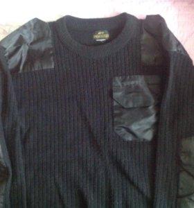 2 свитера для военнослужащих