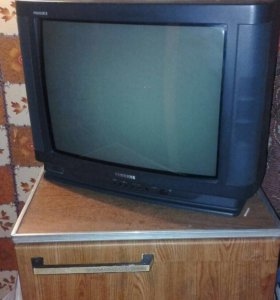 Телевизор и холодильник
