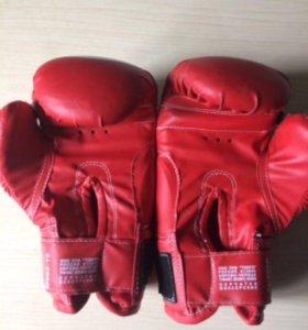 Боксёрские перчатки tongo sport