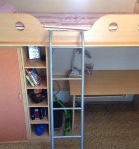 Детский гарнитур, кровать, шкаф