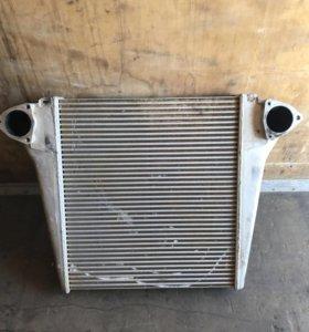 Радиатор охлаждения на Камаз 6520