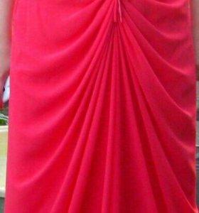 Выпускном платье