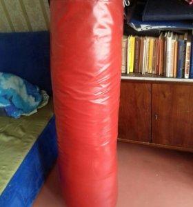 Боксерская груша 45 кг.