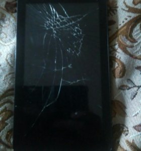 Продам планшет разбит экран