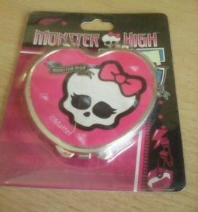 Зеркальце Monster High