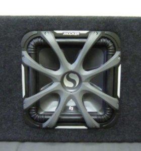 Саб Kicker SoloBaric S12L7 и Усь Kicker ZX s1000.1