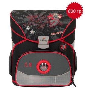 Школьный рюкзак Derdiedas