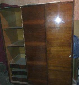 Шкаф 3створчатый