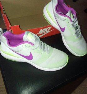 Кроссовки Nike Air Max новые.