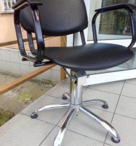 Парикмахерское кресло 3 шт