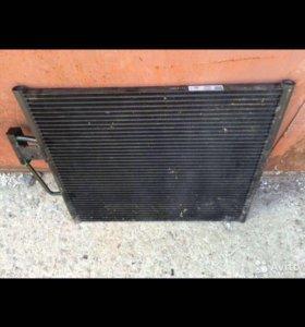 Радиатор кондиционера Бмв 39