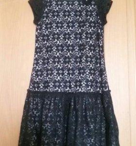 Платье нарядное р.140