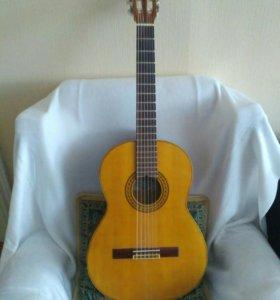 Гитара ручной работы с изумительным звуком