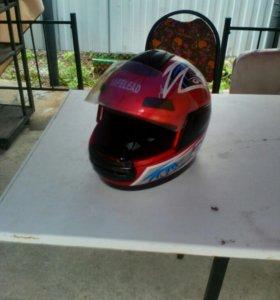 Шлем на мото