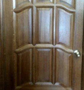 Двери Б/У сосна массив