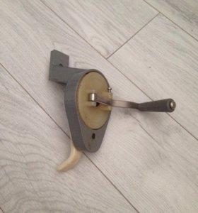 Привод для швейной машины