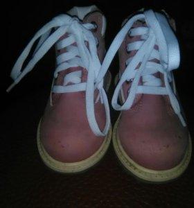 Ботинки нубук в хорошем состоянии,весна-осень