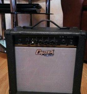 Продам гитару ,плюс комбик и 2 провода.