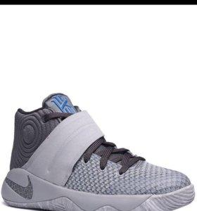 Баскетбольные кроссовки Kyrie 2