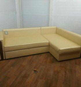 Продам угловой диван правый угол