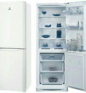 Холодильник Индезит Б/У.