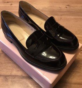 Лоферы, туфли женские из натуральной кожи