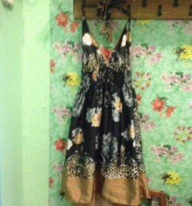 Платье с цветами р. 44-46