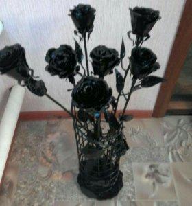 7 роз и ваза