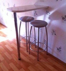 Барный столик и стулья