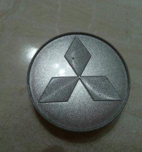 Колпачки для литых дисков Митсубиси