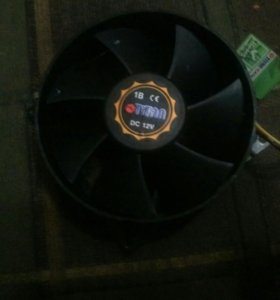 Продаю кулер под процессор AMD.