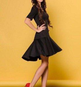 Черное платье р. 44