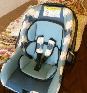 Детское автомобильное кресло-люлька 0+ babyton