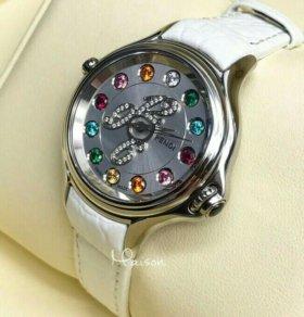 Часы Fendi Crazy Carats